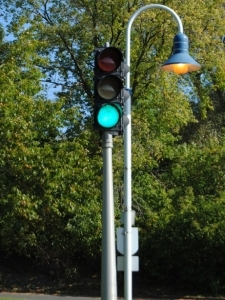 traffic lawyer rule for green lights